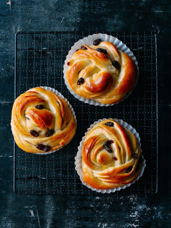 raisin-sweet-rolls-1