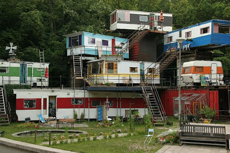 trailer-park-hi-rise11